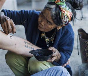 Suatu Tanda Tato Di Fillipina Merukan Suatu Adat Budaya